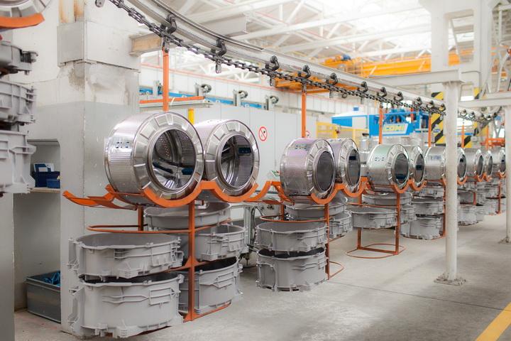 Прикарпаття лідирує у виробленні пральних машин та автоматичних вимикачів