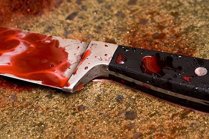На Закарпатті чоловік вдарив ножем рідного брата