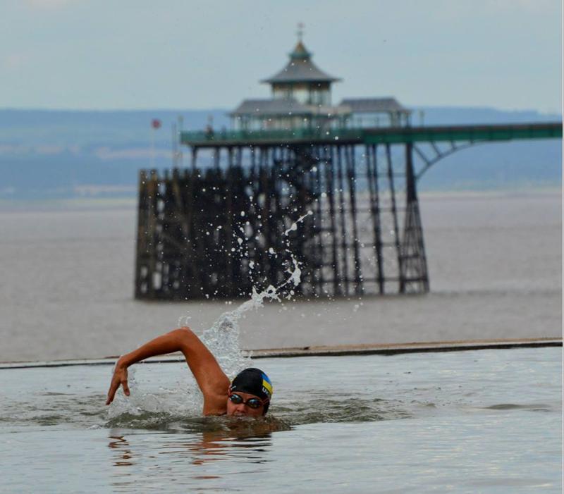 Франківчанка Марія Крестьянська розпочала заплив через Ла-Манш (фотофакт)