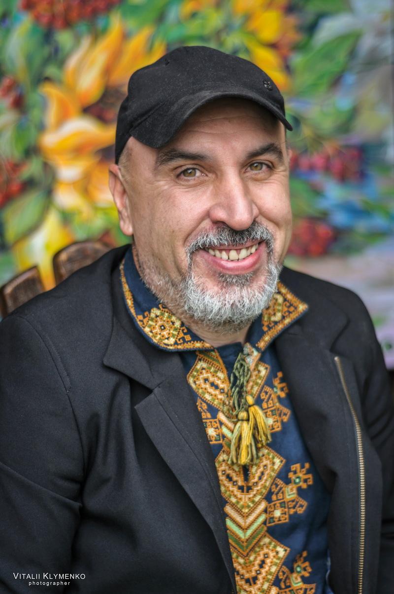 "Як у Коломиї художник Олег Лобурак кота Ґудзика придумав і чому той став ""Оскаром"""