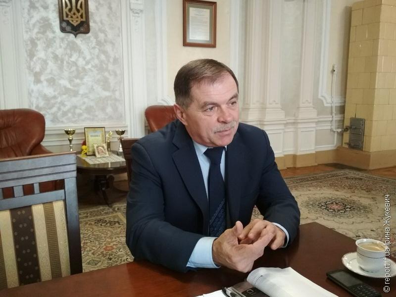 Ректор ІФНМУ Микола Рожко: «У мене ніхто ногами двері не відкриває, і не буде»