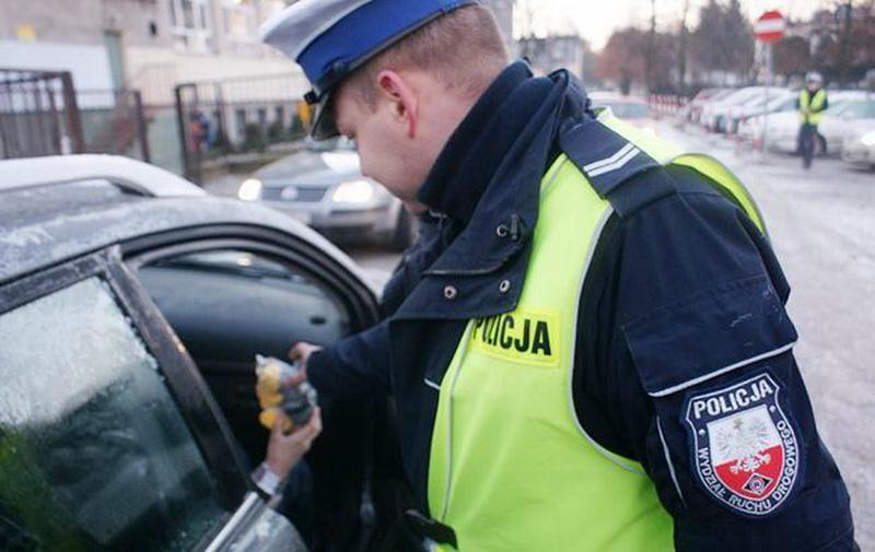 На Богородчанщині суд оштрафував чоловіка, який намагався дати хабар польським полісменам