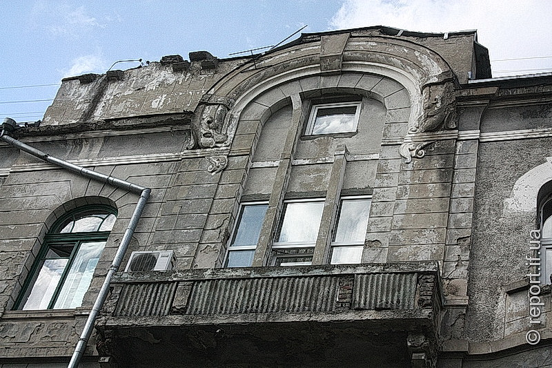"""Результат пошуку зображень за запитом """"У Франківську обсипався черговий балкон"""""""