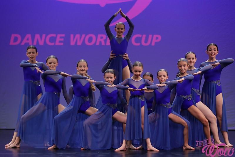Діти танцюють серцем: як тренуються і перемагають учні франківської школи Влада Ями