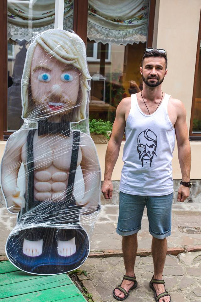 """Людиною тижня на """"Прикарпатті"""", за версією """"Репортера"""", став автор """"Серцеїдів 18+"""" Богдан Савлюк"""