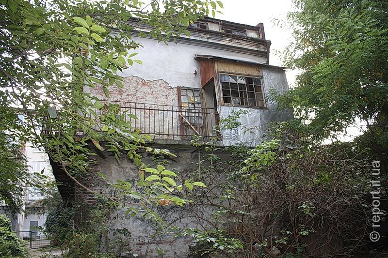 Зруйнованих будинків у Франківську чимало