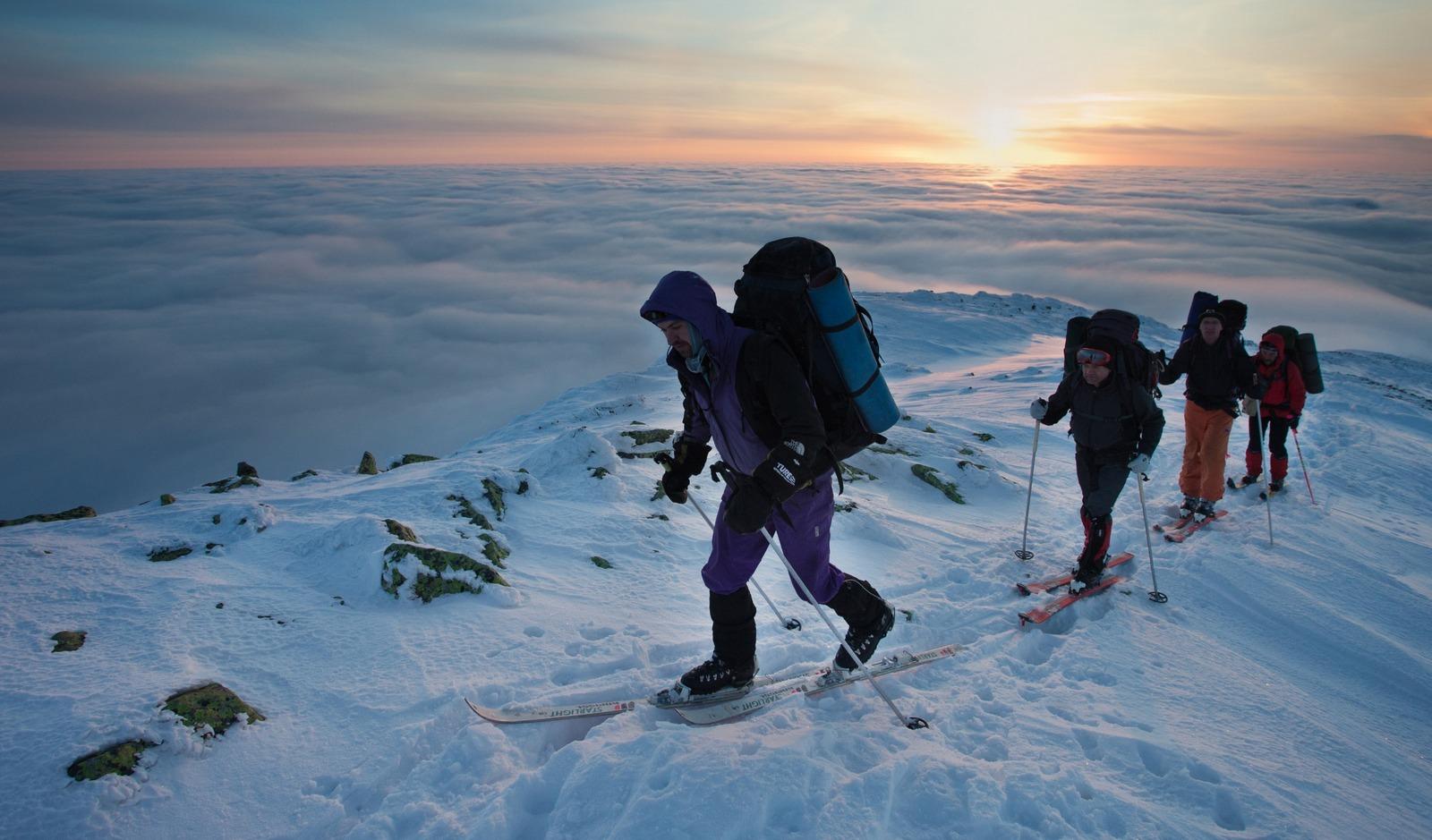 Карпати взимку небезпечні. Як підготуватися до зимової мандрівки в гори