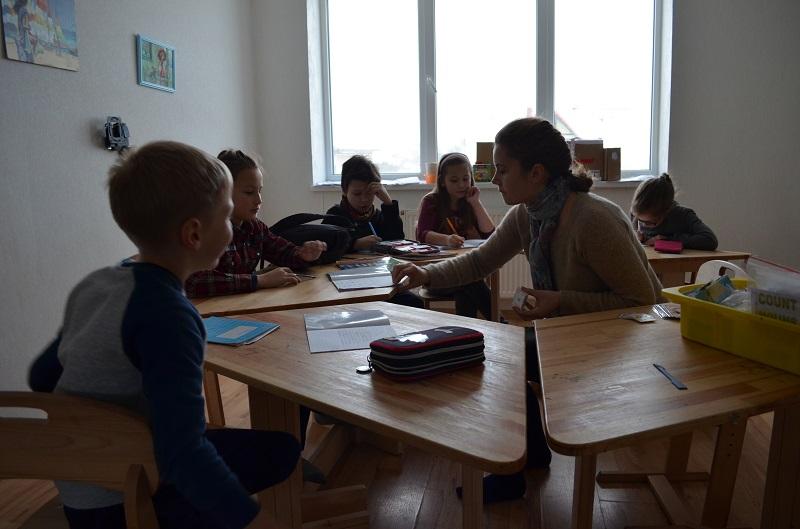 Все про унікальну франківську школу (фотофакт)
