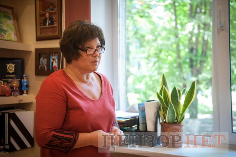 Урядова уповноважена з питань гендерної політики Катерина Левченко звернеться до Служби безпеки України у зв'язку з поширенням в обласні та міські ради звернень із закликами захистити «інституцію сім'ї».