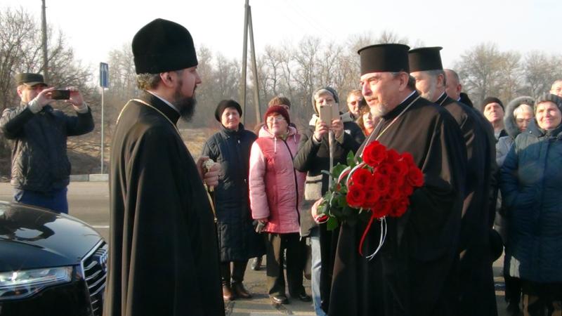 Як на Прикарпатті зустрічали голову Помісної церкви України (фото+відео)