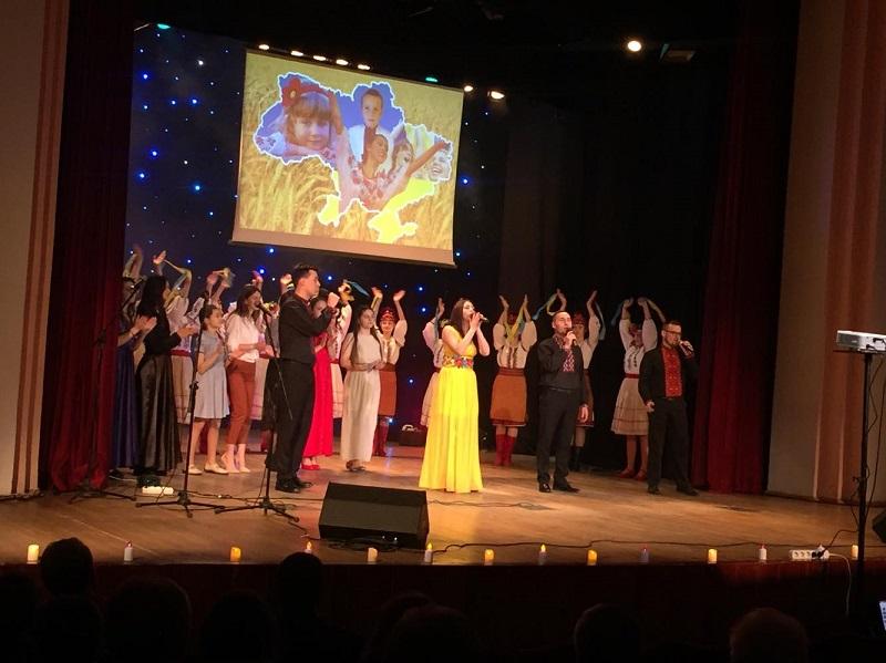 У Франківську відбувся вечір-реквієм пам'яті Небесної Сотні (фоторепортаж)