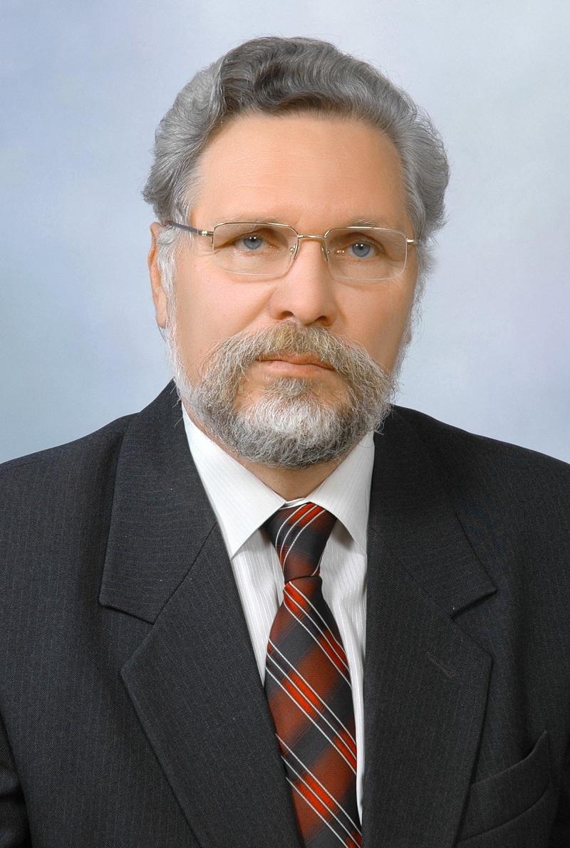 В Івано-Франківську помер відомий винахідник різноманітної зброї академік Валерій Арциховський (фото)