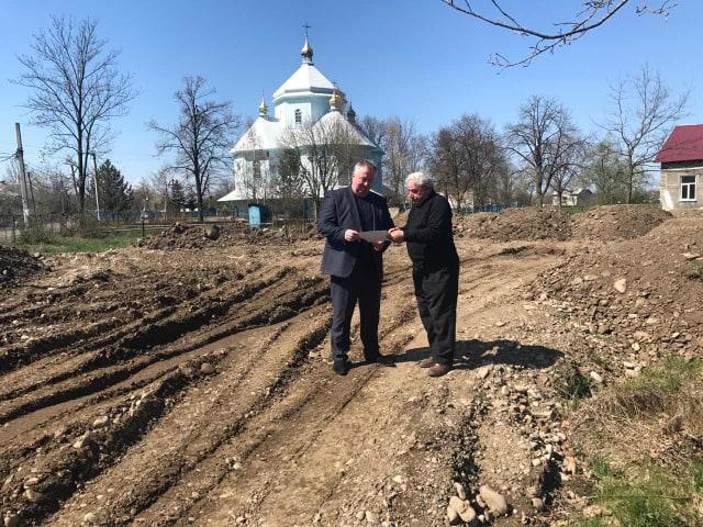 На Калущині будують модульну лабораторію і монумент захисникам України