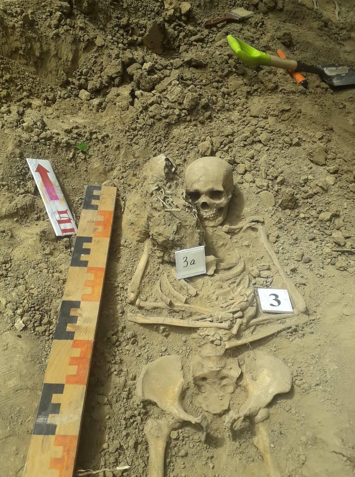 Не втратити пам'ять: Про що говорить нова братська могила, знайдена на Прикарпатті (ВІДЕО)