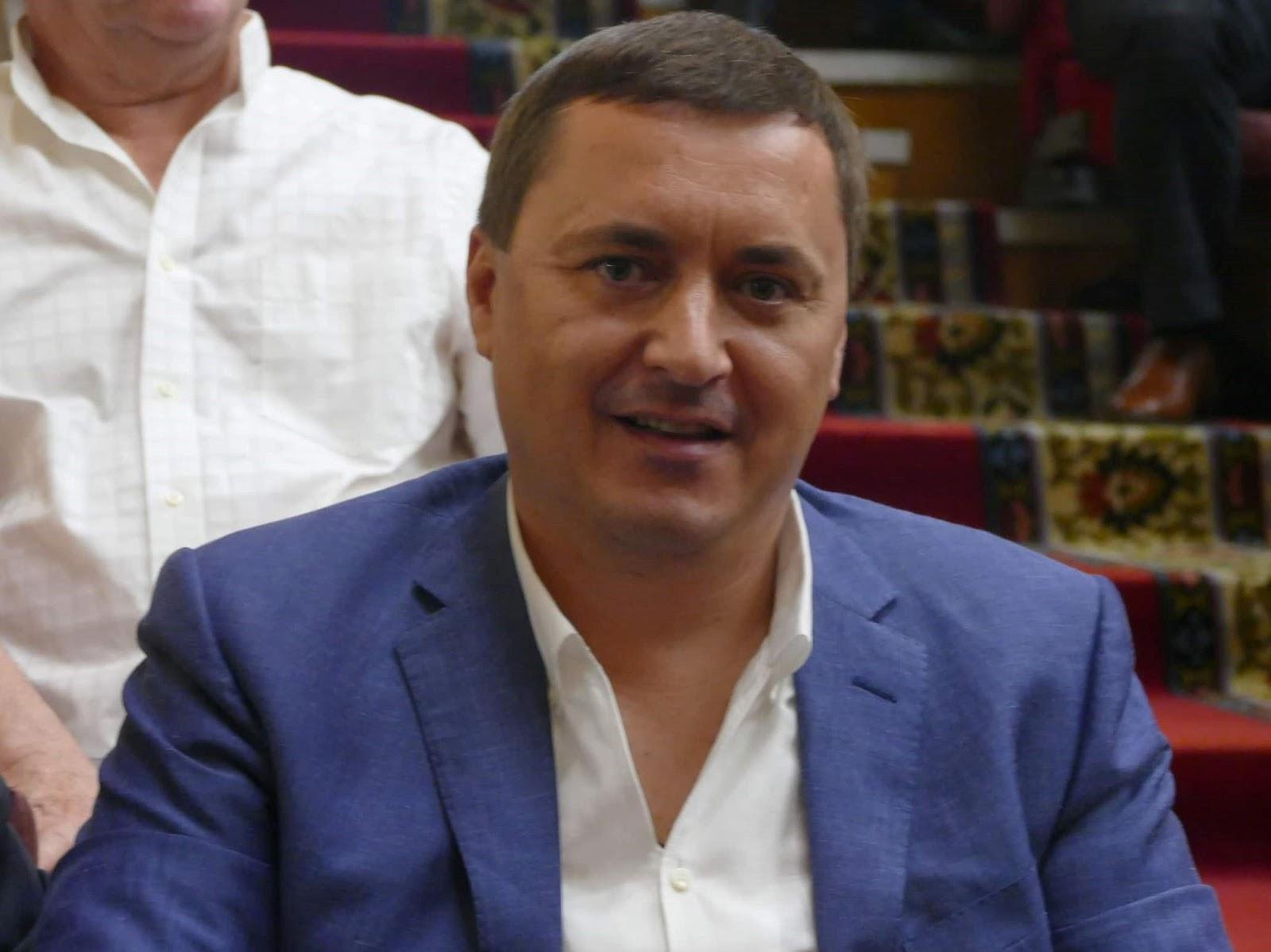 """Франківський нардеп від """"Слуги народу"""" задекларував 25 млн грн та майнові права у скандальній забудові"""