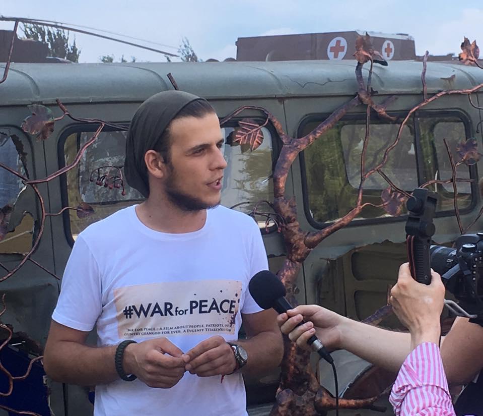 """""""Війна за мир"""". Чому треба подивитися фільм за участі франківських госпітальєрів (ВІДЕО)"""